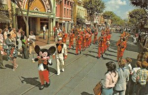 DISNEYLAND CA~MICKEY MOUSE LEADS BAND IN LIVELY PARADE MAIN STREET USA POSTCARD