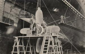 Hamburg-Amerika Linie Ocean Liner M.S. Milwaukee , Prop cleaning , 00-10s