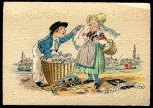 dc3158 - FRANCE Continental Postcard 1940s E.MAUDY Fish Market. Folk Costumes