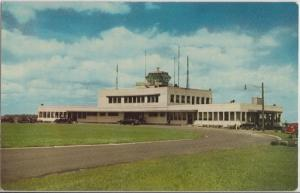 MONTREAL - DORVAL PQ CANADA / EARLY VIEW of AIRPORT BUILDING