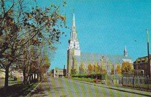 Canada Quebec Rimouski La Cathedrale vue de l'Ouest