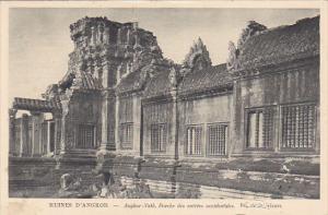 RUINES D´ANGKOR, Vath, Porche des entrees occidentales, Cambodia, 10-20s