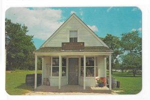 Levy Hand Store Absecon NJ Smithville Inn Fred and Ethel Noyes Vintage Postcard
