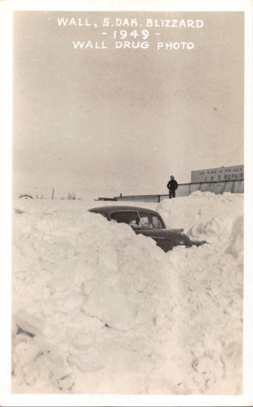 WALL SOUTH DAKOTA~WALL DRUG BLIZZARD OF 1949 REAL  PHOTO POSTCARD