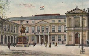 Netherlands Gravenhage The Kings Palace