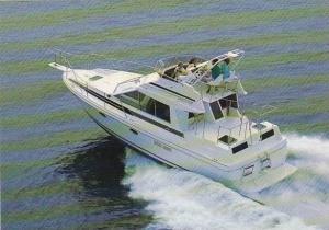 Boats Bayliner 3450 Tri-Cabin Motoryacht