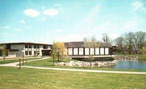Bristol, Rhode Island, RI, Roger Williams College, Chrome Vintage Postcard g9007