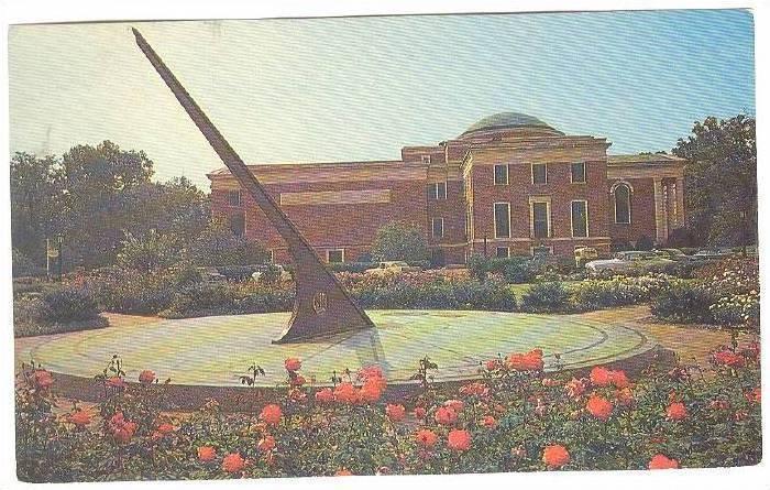 Sun Dial And Morehead Planetarium University, Chap Hill