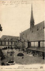CPA BEAUNE - L'Hotel-Dieu Cour d'Honneur au fond salle St-Louis (353989)