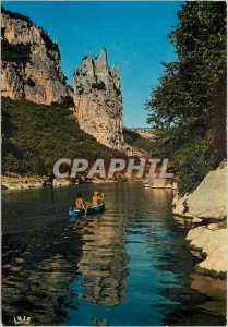 Postcard Modern Ardeche Picturesque The Rock of the Cathedral in the gorges o...