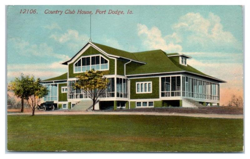 1913 Country Club House, Fort Dodge, IA Postcard