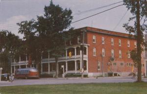 MONT-LAURIER, Quebec, Canada, PU-1968; Chateau Laurier, Bus