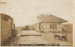 RP: MORAN , Kansas , 1909 ; M.K.&T. Railroad Train Depot w/train