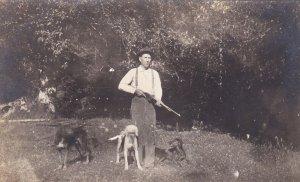 RP: Hunter w/ Shot Gun & Dogs , 00-10s