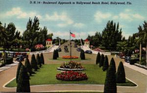 Florida Hollywood Boulevard Approach To Hollywood Beach Hotel 1944 Curteich