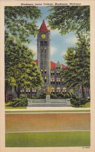 Junior College , MUSKEGON , Michigan , 30-40s
