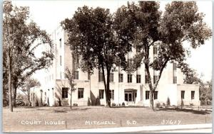 Mitchell, South Dakota Real Photo RPPC Postcard DAVISON COUNTY COURT HOUSE 1930s