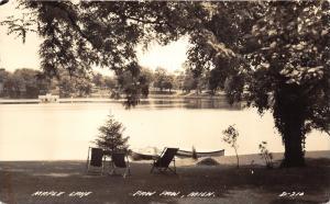 Paw Paw Michigan~Maple Lake~Beach Chairs on Shore~Boats @ Dock~1940s RPPC