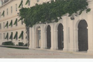 BERMUDA , 1900-10s ; Front of Hamilton Hotel