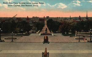 Des Moines, IA, View Down Locust Street from Capitol, 1915 Vintage Postcard g825