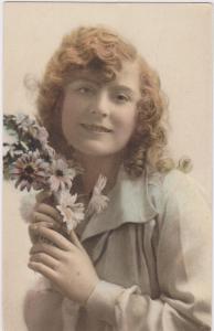 RP; Marguerite Girl holding flowers, Tuck 4271