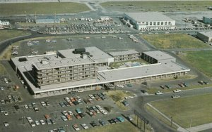 EDMONTON , Alberta , Canada , 1950-60s ; Edmonton Inn