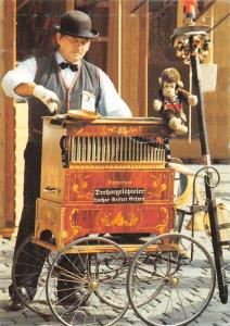 Ihr Drehorgelspieler Lothar Seifert aus Erfurt Drehorgelspieler Lothar Seifert
