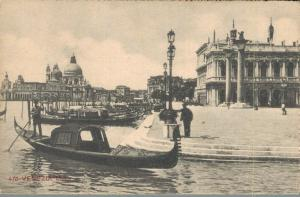 Italy Venezia Molo 02.90