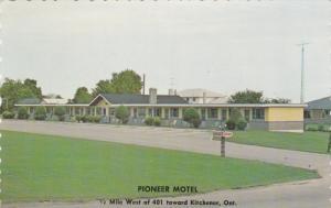 Pioneer Motel , KIRCHENER , Ontario , Canada , 50-60s