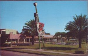 NICE view of the Arizona Winter Garden Motel on 131 E. Main Street, 1950s