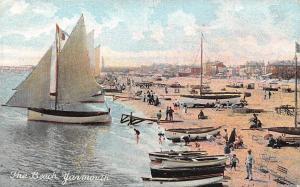 England Gt. Yarmouth: The Beach, Boats Bateaux Barcas Playa Plage Strand