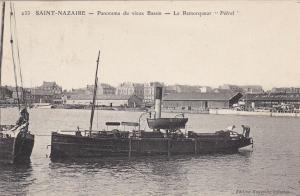 SAINT-NAZAIRE , France , 1908; Panorama du Vieux Bassin - Le Remorqueur Petrel