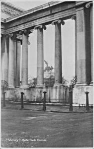 LONDON ENGLAND~VICTORY HYDE PARK CORNER-RENSHAW SERIES #1014 POSTCARD