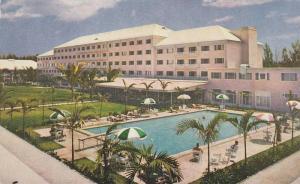 Swimming Pool,  Emerald Beach Hotel,  Nassau,  Bahamas,  40-60s