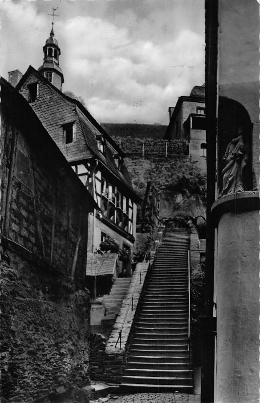 Beilstein an der Mosel Mittelalterliche Klostertreppe Stairway Statue Postcard