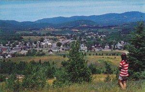 Canada Vue de St Jovite dans les Laurentides Quebec