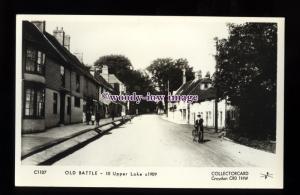 pp2329 - Sussex - Cottages along Upper Lake, c1909, Battle - Pamlin postcard