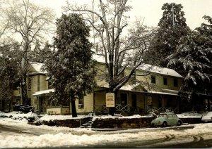 Julian Hotel In Winter