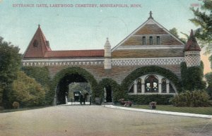 MINNEAPOLIS , Minnesota , 1910 ; Entrance Gate, Lakewood Cemetery