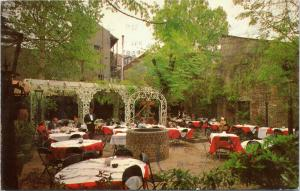 Court of Two Sisters restaurant  New Orleans Louisiana - alfresco dining