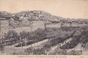 Portugal Lisboa Um trecho da Avenida da Liberdade