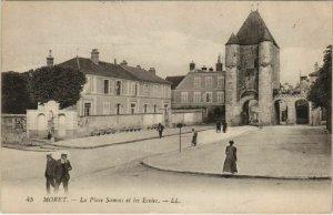 CPA Moret La Place Samois et les Ecoles FRANCE (1100936)