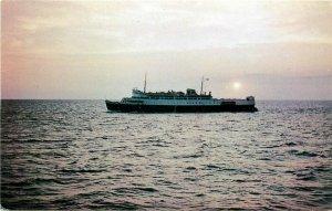 Steamship, M.V. Abegweit, Colchester Printers No. 5118R