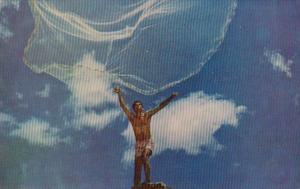Hawaii Hawaiian Fisherman Casting Net