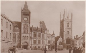RP; READING , Berkshire, England, UK , 1910s ; Lawrence's Church , Town Hall ...