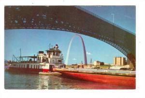 St. Louis Riverfront, Tugboats & Barges, Gateway Arch, Eads Bridge, Illinois,...