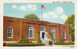 Bedford Ohio~Post Office~Green Mailbox on Sidewalk~Flag on Roof~1940s Linen