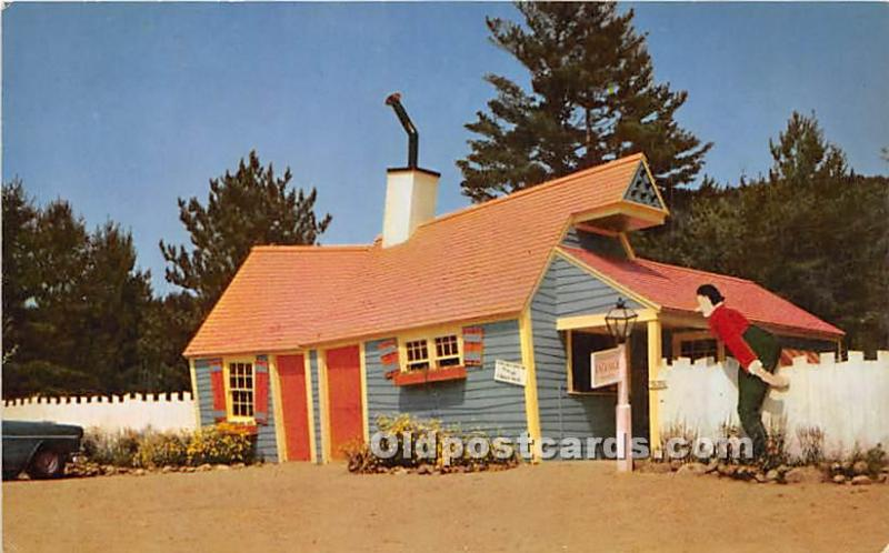 Glen, New Hampshire, NH, USA Postcard Crooked Man and He had a Crooked House,...