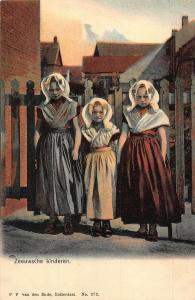 Netherlands Zeeuwsche Kinderen Children Traditional Costumes Psotcard