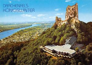 Koenigswinter am Rhein Ruine Drachenfels mit Restaurant Panorama